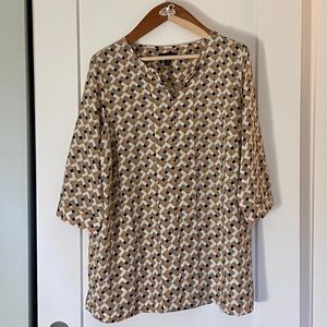 NWOT Land's End Graphic Blouse.